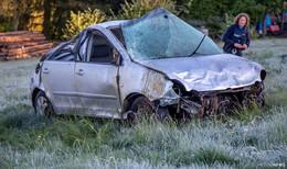 Alleinunfall auf der B279: 18-Jähriger verstirbt noch an der Unfallstelle