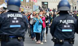 Verfassungsschutz beobachtet Querdenker-Bewegung bundesweit