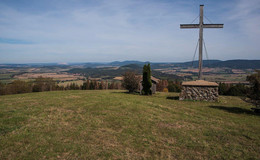 Wanderung zum Rößbergkreuz: ein wunderschöner Aussichtspunkt