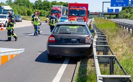 A66: Audi rast in Leitplanke - Schwangere und Kleinkind verletzt