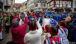 Föllsch Foll Hinein! Hunderte Karnevalisten bei Generalmobilmachung