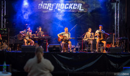 Erstes Konzert vor Live-Publikum seit Corona-Pandemie - Dorfrocker begeistern