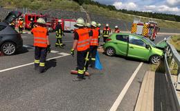 Crash auf B458 in Höhe Abfahrt Dipperz-Ost - zwei Verletzte