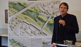 Siegerehrung Wettbewerb Fuldaufer - Skyline der Altstadt als Hauptakteur