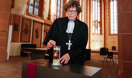 Friedensgebete und Kerzen: EKKW gedenkt der Opfer von Hanau