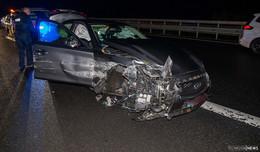 Beide Vorderräder abgerissen: 44-Jähriger zu schnell unterwegs