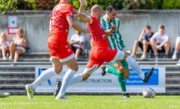 Florian Bott setzt dem Derby die Krone auf