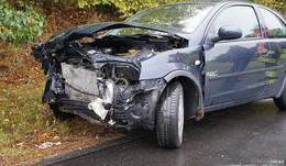 Fahrerin (59) wird schwarz vor Augen - In Gegenverkehr geraten
