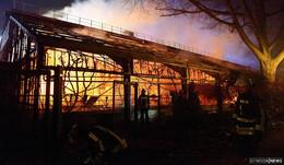 Nach Flammen-Inferno im Krefelder Zoo: Wie gefährlich sind Himmelslaternen?
