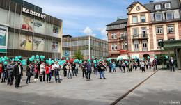 Protestaktion: Karstadt- und Kaufhof-Mitarbeiter gehen auf die Barrikaden