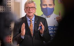 Schalte mit Merkel! Regierungschef Bouffier will Gesundheitsnotstand ausrufen