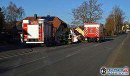 Feuerwehreinsatz am Sonntag: Flammen aus dem Schornstein
