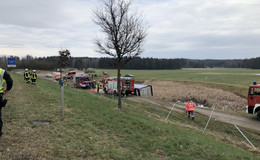 Hünfelder Bundespolizisten retten Fahrer aus verunfalltem Lkw