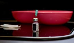 Staatsminister Peter Beuth: Impftermin innerhalb von vier Tagen möglich