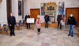 Kunst, Kultur und Kaffee: 5 Akteure ermöglichen Museums-Besuche für Senioren