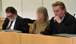 31 Jahre nach dem Tod von Jan H.: Sekten-Anführerin steht vor Gericht
