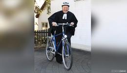 Der Segen kommt mit dem Fahrrad