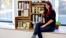 Friseure des guten Gewissens: Vegane Produkte und Wohnzimmer-Atmosphäre