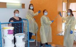 Nachwuchskräfte initiieren Farbprojekt für Zimmer in psychiatrischer Station