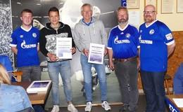 Konoplyanka und Schipper besuchen Herbsteiner Schalke-Fans