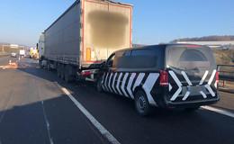 Unfall mit mehreren Fahrzeugen auf A7 - zwei Leichtverletzte