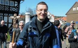 Künftiger Bischof Dr. Michael Gerber pilgert nach Fulda - viele Begegnungen