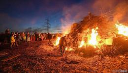 Termine: Hier gibt es die schönsten Hutzelfeuer in der Region