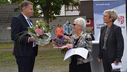 Kreisehrenamtstag im Autokinoformat - Rettungsmedaille für Alexander Wetzel