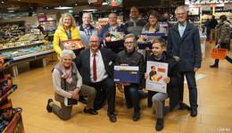 Mit  Weihnachtspaketaktion Menschen in Not Freude schenken