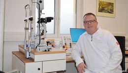 Telefone stehen nicht mehr still: Augenarztpraxis Dr. Roland Gross ist eröffnet