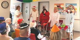Kreative Faschingsfeier mit buntem Programm im Pflegezentrum Hofbieber