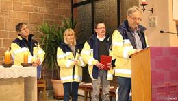 Blaulichtgottesdienst würdigt Dienst der Einsatzkräfte - neue Notfallseelsorger