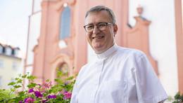 Impulse von Stadtpfarrer Stefan Buß: Jesus auf dem zerknüllten Zeitungspapier