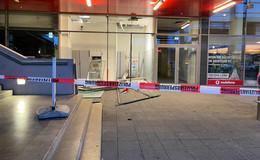 Geldautomat in den Kaiserwiesen gesprengt - Täter sind auf der Flucht