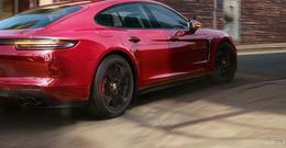 Die neuen Panamera GTS-Modelle beim Porsche Zentrum Fulda