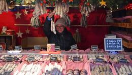 Aktionstag: Menschen mit Handicap helfen auf dem Weihnachtsmarkt
