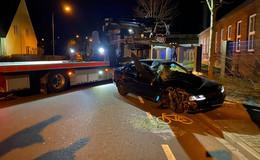 Alkoholisiert und ohne Lappen: 16-Jähriger crasht Audi A4 - Glück im Unglück