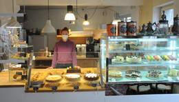 Confiserie Heilemann expandiert: neues Café im 1. OG mit Antiquitäten