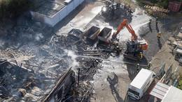 Großbrand zerstört in vier Stunden alles: Weiß nicht, wie es weitergehen soll
