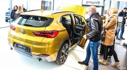 Zeig Dich bei Krah + Enders: Premiere BMW X 2 und Facelift Mini-Modelle