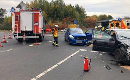 Crash an der B27-Abfahrt Kerzell - Zwei Verletzte