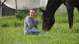 Spiegel unserer Seele: Wie Nadine Heinz und ihre Pferde beim Loslassen helfen