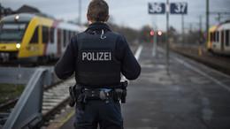 Nach Festnahme eines 64-Jährigen: zwei Beamte der Bundespolizei verletzt