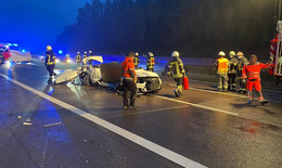 Vater (56) und Sohn (17) sterben in Audi RS 5 - tödlicher Unfall auf A4