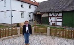 Aufwendig restaurierter Bauernhof schmückt Ortskern