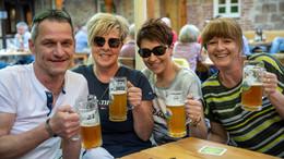 Die Minimalvoraussetzung: Biergärten sind gut gefüllt - Eine Spritztour