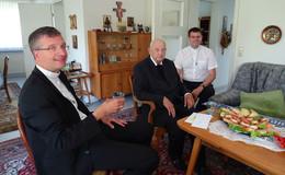70 Jahre Priester: Pfarrer Bruno Kant (104) feiert Jubiläum