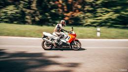 Motorradkontrollen im Visier: Polizei zieht Bilanz vom Wochenende