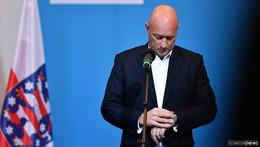 Mit sofortiger Wirkung: Kemmerich (FDP) legt Ministerpräsidenten-Amt nieder