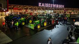 Mit dem Traktor nach Wiesbaden: Landwirte treffen sich an den Kaiserwiesen
